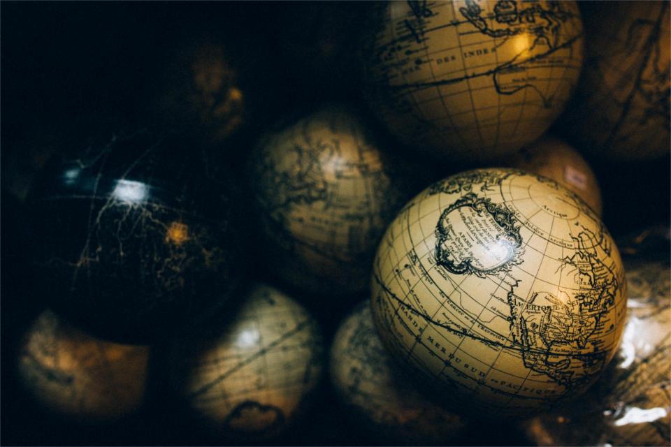 El fotorretoque o photoshopeo en las regulaciones del mundo