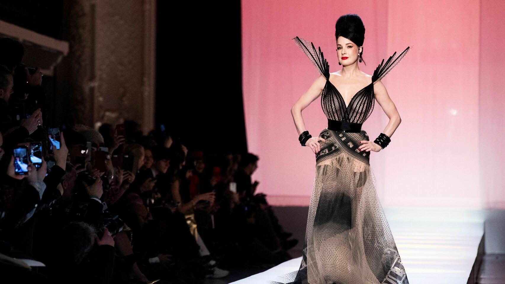 Jean_Paul_Gaultier-Moda-Desfiles_de_moda-Estilo-El_Estilo_370973999_113072535_1706x960></noscript>