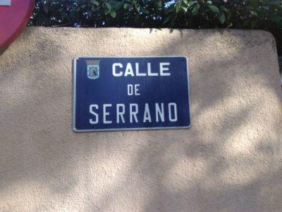 Placa en la Calle Serrano de Madrid