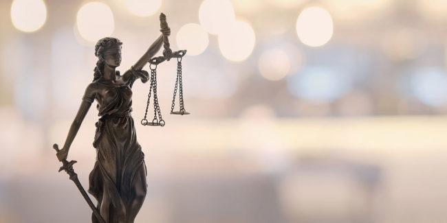 ¿cuánto cuesta ser abogado?